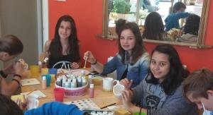 img-alumnas-pintando