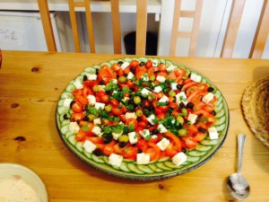 Echo Language School cocina ensalada tomates
